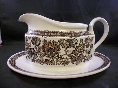 Stunning Vintage Ridgway Pottery Jacobean One Piece Gravy Boat And Saucer Brown