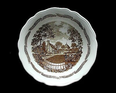 Round Vegetable Bowl J & G MEAKIN England COLONIAL-BROWN Royal Staffordshire