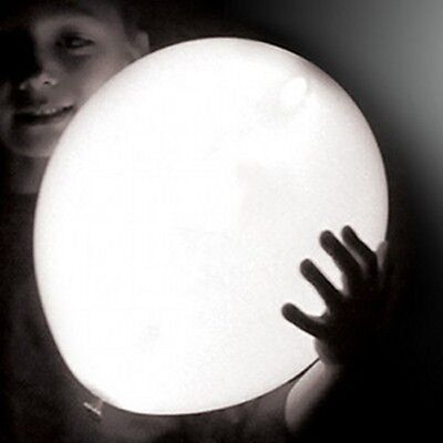 White LED illoom Balloons - pack of 5 glowing light up balloons