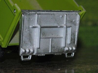 Britains 1/32 Scale , Rear Tail Gate , Tipping Trailer , White Metal