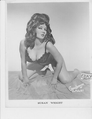 Susan Wright busty VINTAGE Photo