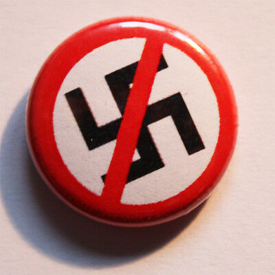 Antifa Button / Badge Punk Anarchy Pin Punkrock GEGEN NAZIS Metal NO RACISM