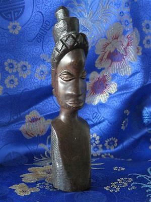 Old African Carved Figurine - Old African Carved Figurine