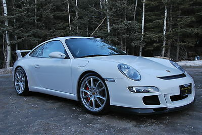 Take an Amazing Ride Up Knox Mountain in a Porsche GT3 and Help Kids Cancer Care