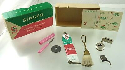 Singer Sewing Machine Lot Of Misc Items