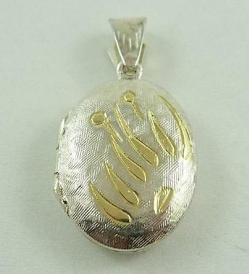 Lovely Sterling Silver & Gilt Gold Hinged Oval Shaped Locket Pendant