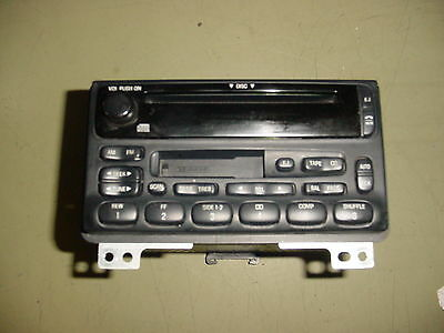 02 03 04 Ford Mountaineer Explorer Mustang CD/Tape Radio Player 1L2F-18C868-BB