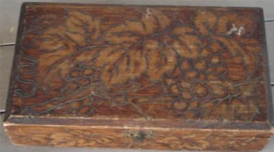 Nice Hand Carved Wooden Trinket/Jewelry Box, VERY GOOD CONDITION, LOOKS OLDER