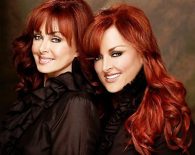 The Judds / Naomi & Wynonna 8 x 10 / 8x10 GLOSSY Photo Picture