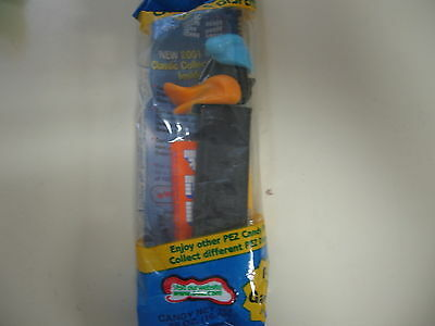 PEZ Bedtime Daffy Duck, blue pack, Brand New and Sealed