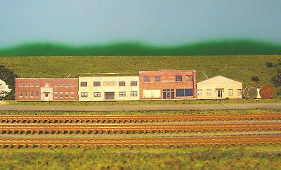 Z scale 4 OLD BUILDINGS background building flat