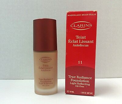 Clarins True Radiance Foundation Light Reflecting HAZELNUT #11 LOT L NEW IN BOX