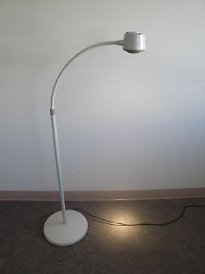 Midmark ritter 253 led medical exam light wall mounted 253 007 midmark ritter 250 led exam light 250 002 new in box 1 year warranty aloadofball Image collections