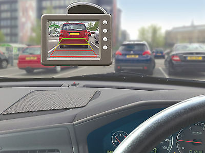"""Wireless Car Reverse Reversing Camera System with 3.5"""" LCD Screen - Complete Kit"""
