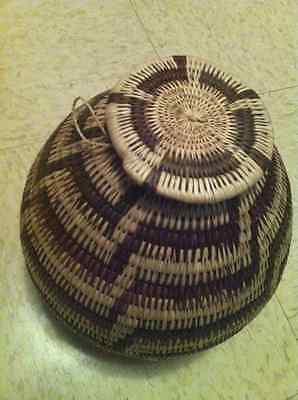 Handmade open and closed baskets from Botswana
