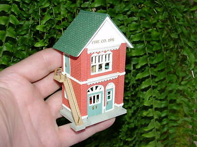 FIRE STATION - 1991 Hallmark Christmas ornament - 8th Houses and Shops
