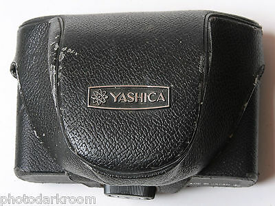 Yashica Camera Case - Fitted Approx. 3.5D x 6W x 4H - VINTAGE C23