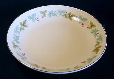 Fine China of Japan Vintage Coupe Soup Bowl 6701 Leaves Grapes Berries MINT!