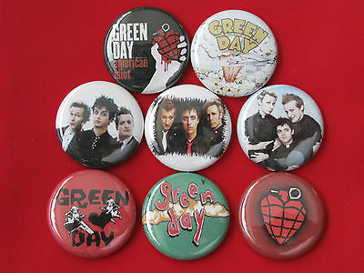 Green Day 8 Pins Button Badge American Idiot Dookie One Inch Diameter