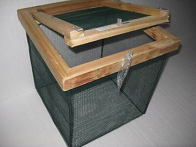 "18 in. Best Floating Live Minnow or Pan Fish Basket with 1/4"" vinyl coated wire"
