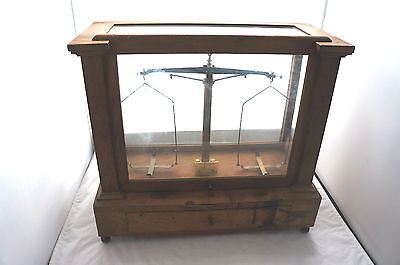 ANTIQUE H L BECKER FILS & CO BRUXELLES WEIGHTS/BALANCES SCALE IN WOOD CABINET