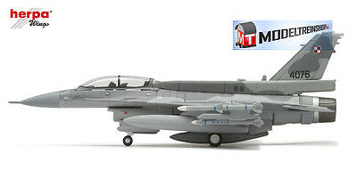 Herpa Wings 1:200 #550369 Polish Air Force 3. ELT Lockheed Martin F-16D