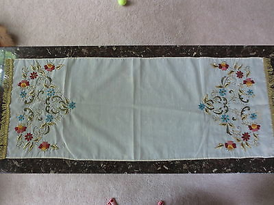 Stunning Hand Embroidered Dresser Or Table Scarf Runner
