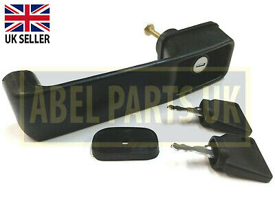 Jcb Parts --   Door Handle With 2 Keys - For Project 9  (123/04067)