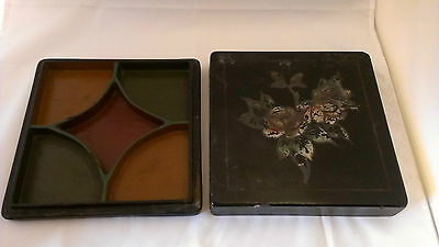 ANTIQUE CHINESE LACQUER BOX ~ HAND PAINTED ROSES on COVER ~ DIVIDED INTERIOR