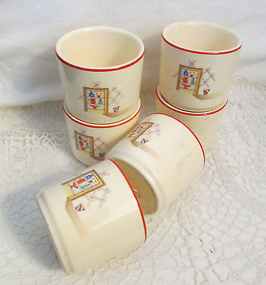 6 VINTAGE UNIVERSAL POTTERY INDIVIDUAL CUSTARD CUPS.. NICE