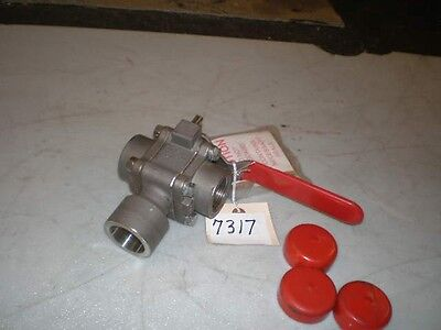 "Worcester 3-Way S/S Ball Valve P/N 1D4466PMSW SE V1 R8 1"" CF3M Body/Trim (NEW)"