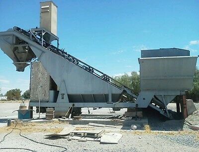 Mobile 5yrd/per hr Heltzer &Co.Cement Batch plant w/ trucks and loader