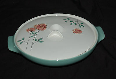 Iroquois Covered Vegetable / Serving Bowl   Rosemary