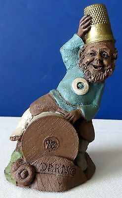 TOM CLARK GNOME DARN FIGURINE THREAD THIMBLE 1992 CAIRN LITTLE PEOPLE SIGNED