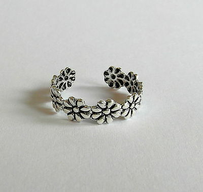 Sterling Silver (925) Adjustable Daisy Toe Ring !!!       Brand New !!