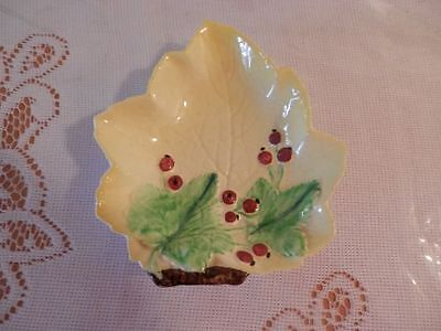 "vintage Carlton Ware candy dish ivy with berries pale yellow approx 4.5"" diam"