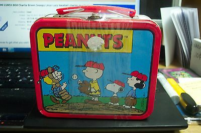 PEANUTS MINI LUNCH BOX Charlie Brown Snoopy new but has ding in the corner.