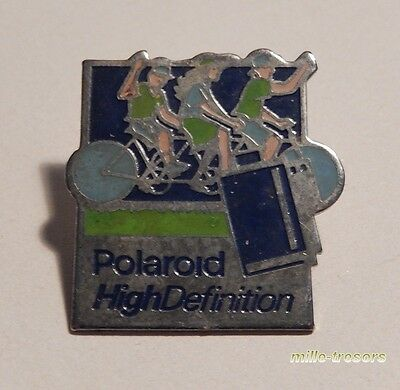 Ancien PIN'S Photo : POLAROID High Definition - Visuel CYCLISME