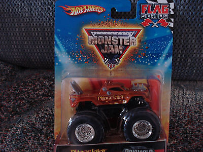 2010 Hot Wheels Monster Jam Truck PILLAGE IDIOT  with Flag