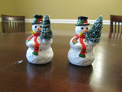 New in Box - Dept 56 Snow Village Collection - A Tree for Me (set of 2)