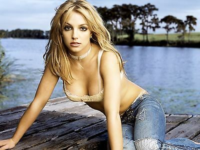 Britney Spears 8X10 Glossy Photo Picture Image #9