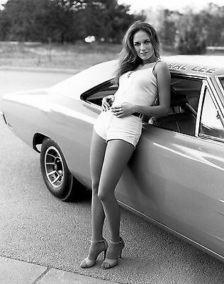 Catherine Bach - Dukes Of Hazzard 8X10 Glossy Photo Picture Image #5