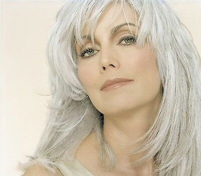 Emmylou Harris Glossy Photo Picture