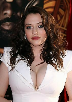 Kat Dennings 8X10 Glossy Photo Picture Image #2