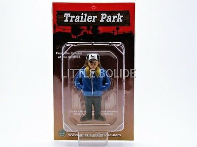 AMERICAN DIORAMA 1/18 FIGURINES Trailer Park - One Eyed Jack  23876