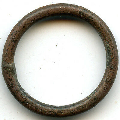 Authentic bronze (24 mm, 2.63 g.) Celtic ring money, 800-500 BC, Danube Area