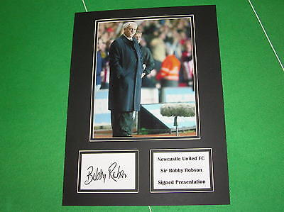 Sir Bobby Robson Signed Newcastle United Press Photograph Presentation Mount