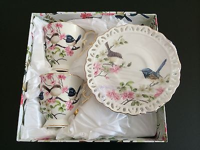 2 Cups & 2 Saucers Fine Bone China Blue Wren Round Edged For Xmas Gift With Box