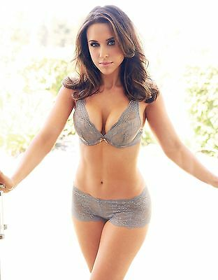 Lacey Chabert 8X10 Glossy Photo Picture Image #4