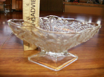 """Clear Rectangle shaped candy bowl with floral pattern bowl  6 & 1/2"""" x 4 & 1/2"""""""